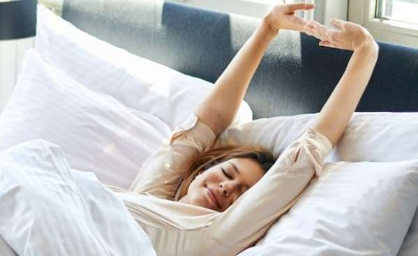 5 Minutes Stretching In Morning To Relieve Stiff, Painful Joints